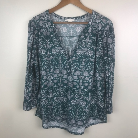H&M Tops - H&M Boho Style V-Neck Long Sleeve Green Blouse